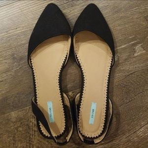 Kimchi Blue black flats in size 8